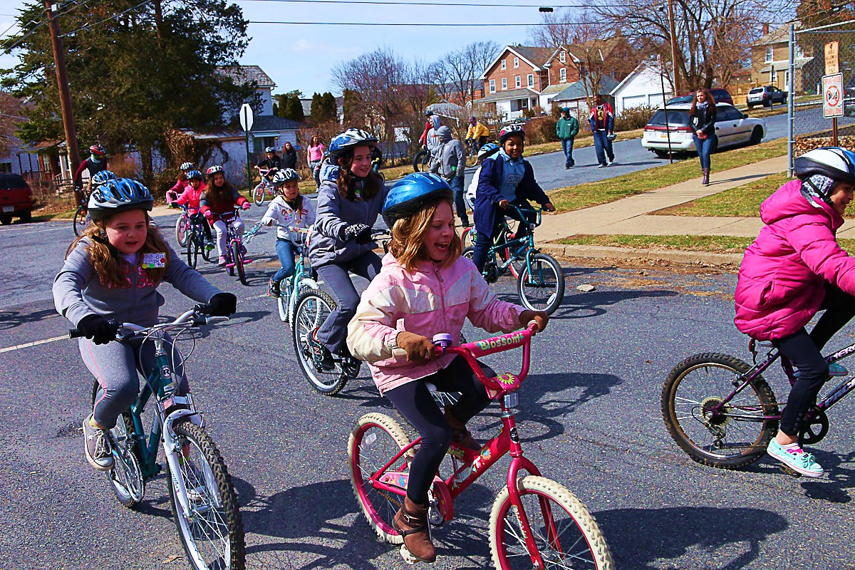 Neighborhood Ride at Calypso Bike Day (Photo taken by Jamie Cabreza)